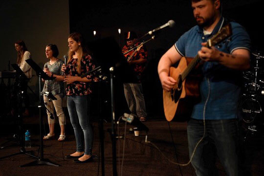 volunteer-worship